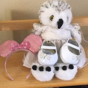 Build A Bear stuffed Owl with outfit